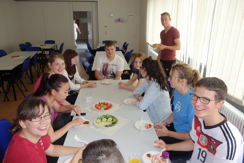Volleyball & Grillen FOS 15